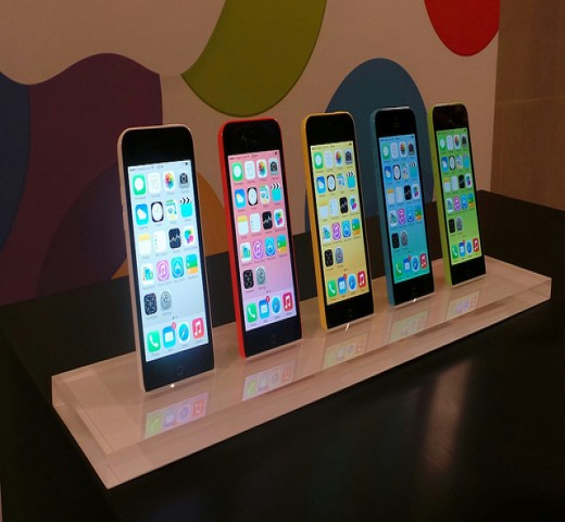 iphone-5c-family.jpg